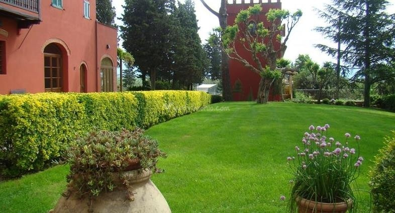 trucchi per giardino curato